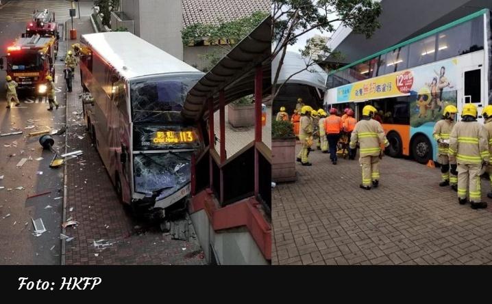 Empat orang dirawat di rumah sakit setelah bus bertingkat menabrak jembatan di Sheung Wan