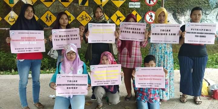 Ciptakan Lapangan Kerja di Indonesia, Hentikan Migrasi Paksa!Kembalikan Dokumen PMI dan Keluarganya, Hukum P3MI Penahan DokumenCiptakan Mekanisme Penuntutan Ganti Rugi bagi PMI dan Keluarganya!